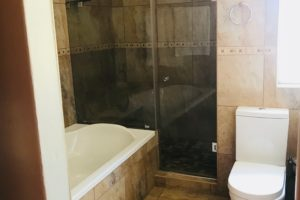 room 6 bath 2
